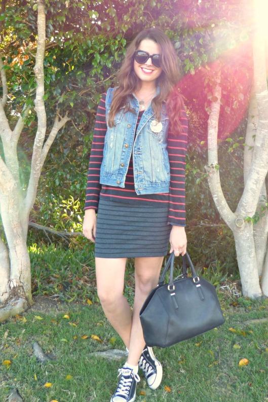 stripes, denim vest, converse, red lip
